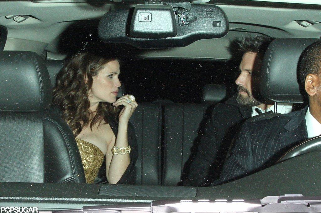 Jennifer Garner chatted with Ben Affleck inside their limo.