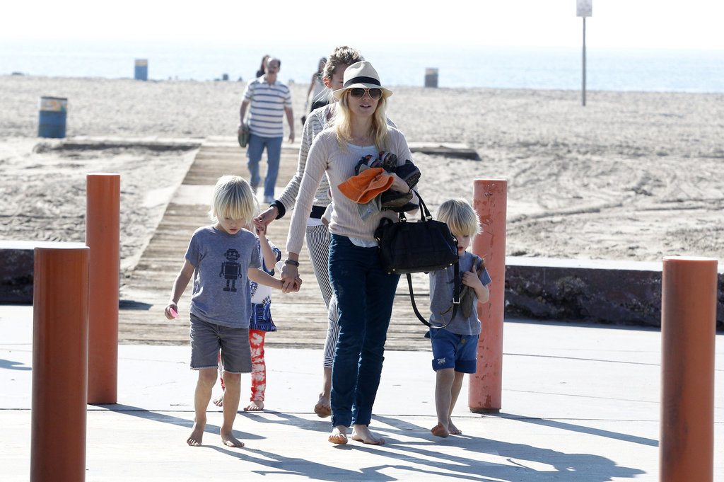Naomi and Liev Spend Their Pre-SAGs Weekend With the Little Ones