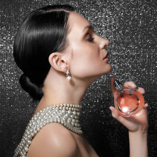 How to Apply Perfume Correctly