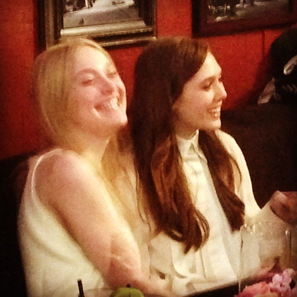 Elizabeth shared a laugh with her costar Dakota Fanning over brunch.