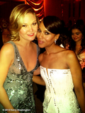 Save the Last Dance costars Julia Stiles and Kerry Washington reunited at the SAG Awards. Source: Kerry Washington on WhoSay