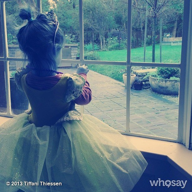 Harper Smith was all dressed up with no place to go on a rainy day. Source: Instagram user tathiessen