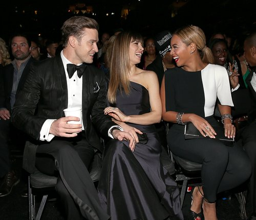 Justin Timberlake and Jessica Biel laughed in their seats with Beyoncé at the 2013 Grammy Awards.
