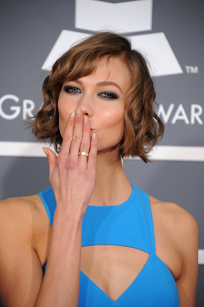 Karlie Kloss blew a kiss to the cameras.