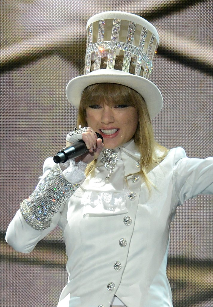 Taylor Swift sported a hat on stage.