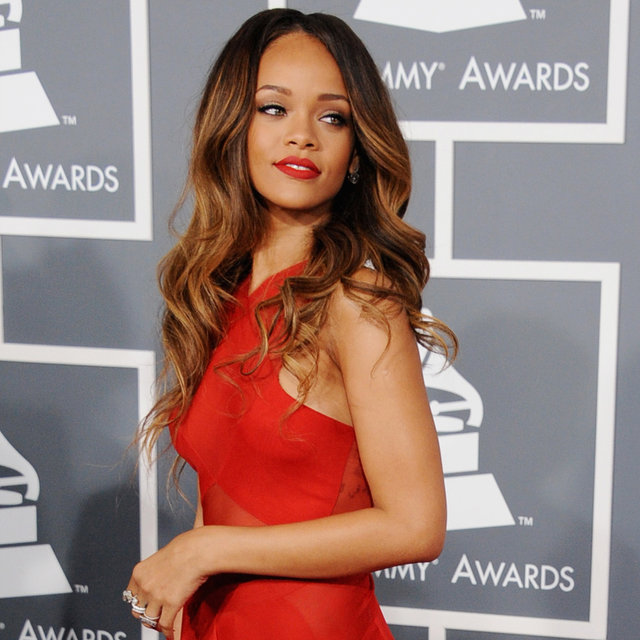 See Who Wore What on the 2013 Grammys Red Carpet