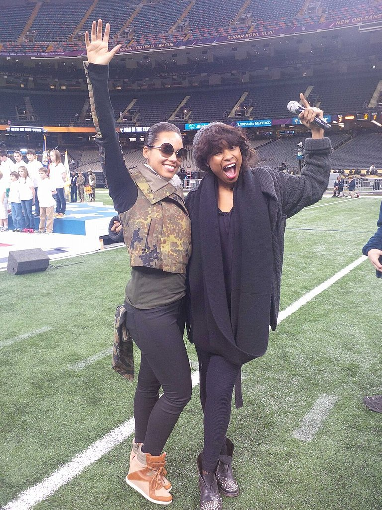 Alicia Keys and Jennifer Hudson prepped for the Super Bowl on the field in New Orleans in January 2013. Source: Twitter user aliciakeys