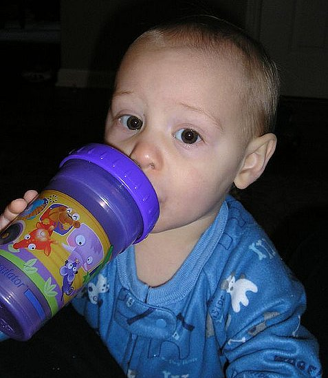 Bye-Bye Bottle! 7 Easy Tips for Switching to Sippy Cups