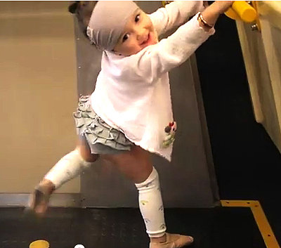 A Toddler Who Can&#039;t Stop Dancing (VIDEO)
