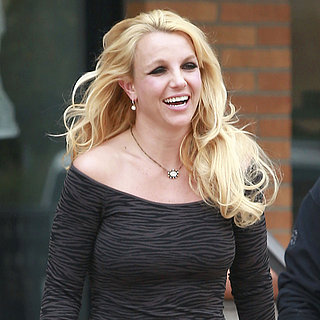 Britney Spears Visits a Beauty Salon in Westlake | Pictures