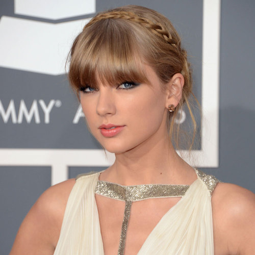 Pictures of Taylor Swift at the 2013 Grammy Awards