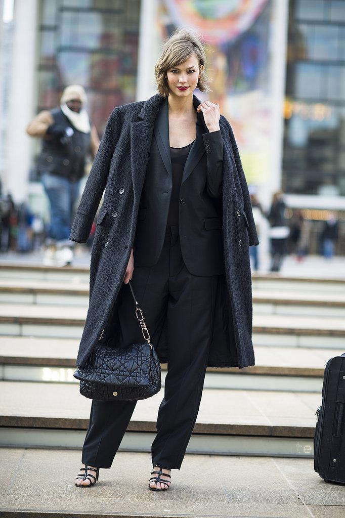 Karlie Kloss looks chic as always in all black.  Source: Le 21ème | Adam Katz Sinding