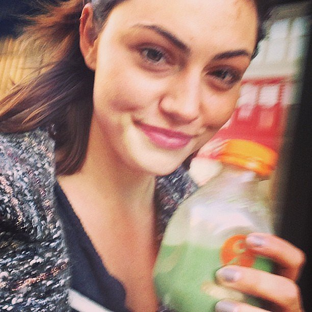 Where Phoebe Tonkin goes, her green juice goes too! Source: Instagram user phoebejtonkin