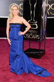 Reese Witherspoon looked stunning in a bright blue Louis Vuitton gown for the Oscars.