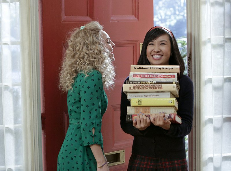 Carrie worked a green printed dress while having a study date with Mouse. Source: The CW