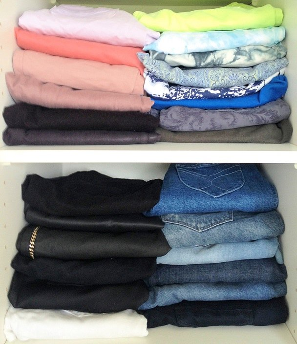 Jeans, jeans, jeans! The best way for me to sort my jeans is to keep the coloured and basic monotones separate. Then choose depending on my mood!