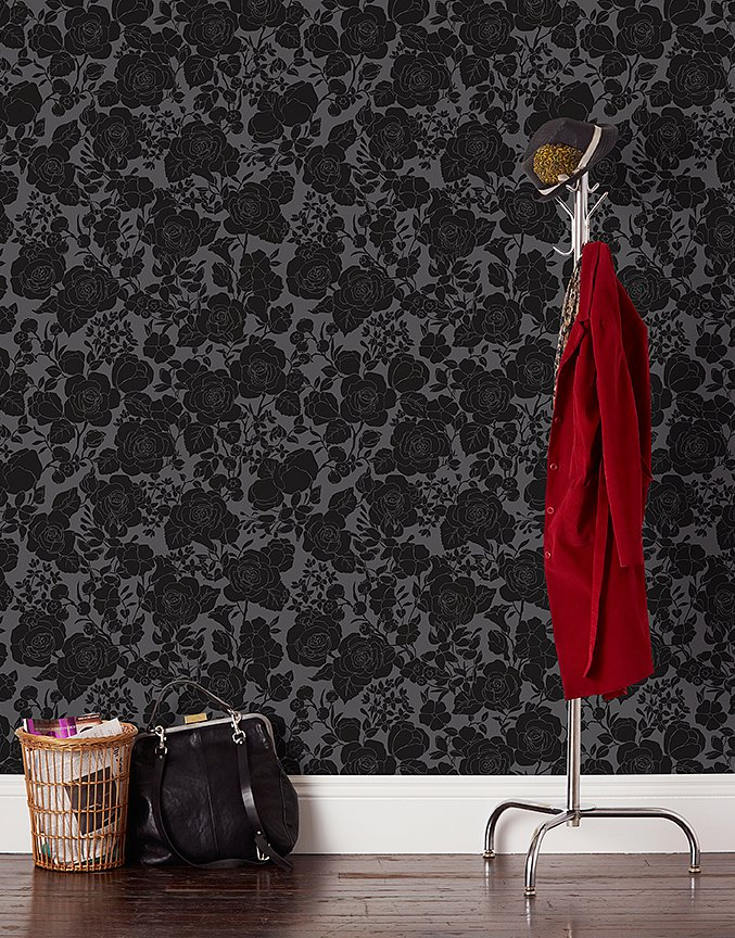 PS: Do you have a personal favorite wallpaper right now? CC: I really love this Garden pattern in the Noir colorway. The way it is printed, the black looks almost velvety, and I think the black flowers on the gray are so dark and sultry.