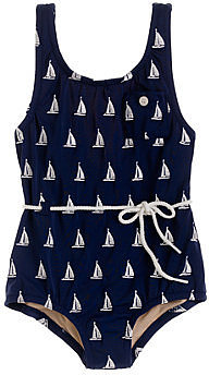Girls' rope tank in sailboats