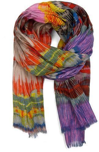 Color print scarf