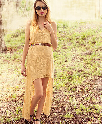 Forever 21 exclusive design High-Low Lace Maxi Dress