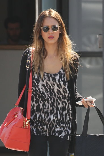 Jessica Alba wore a pair of sunglasses.