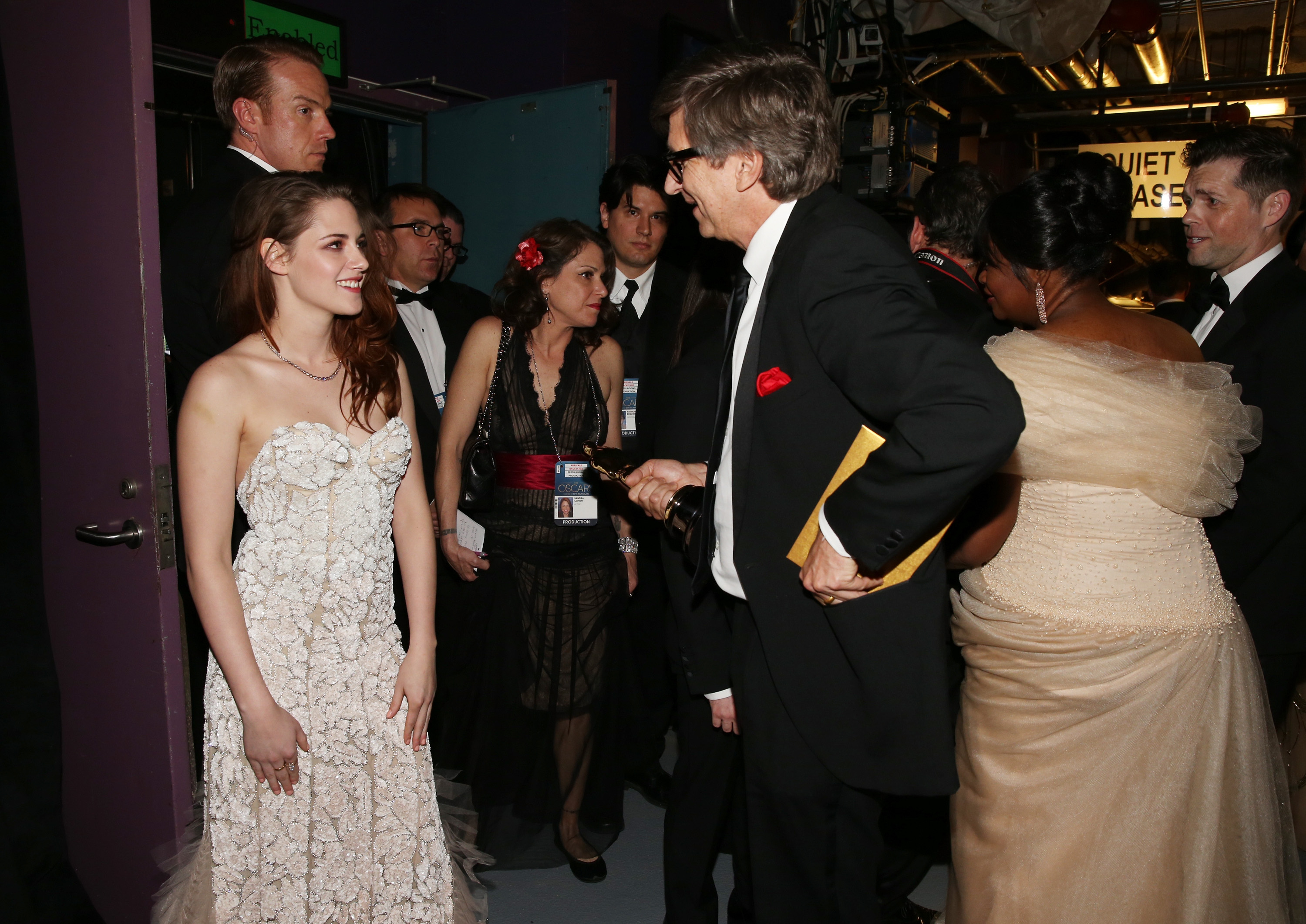 Kirsten Stewart chatted with Peter Castro backstage at the Oscars.