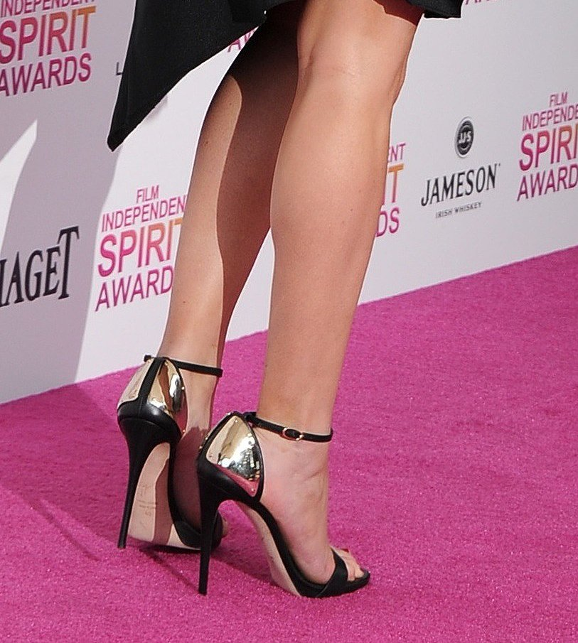 The ankle-strap sandals Jennifer Lawrence wore with her Lanvin dress at the Spirit Awards was all about the back.