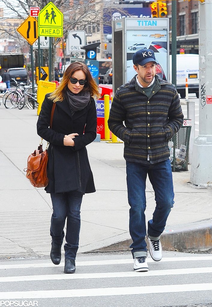 Olivia Wilde Flashes Her Ring During a City Stroll With Jason Sudeikis