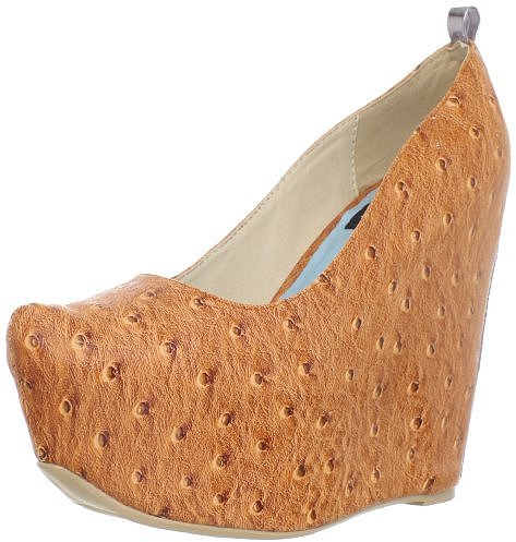Fahrenheit Women&#039;s Janne-03 Wedge Pump