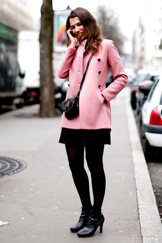It's all about the sweet pink outerwear for this attendee.