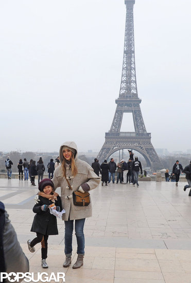 Jessica Alba and Honor Warren snapped a picture in front of the Eiffel Tower together.