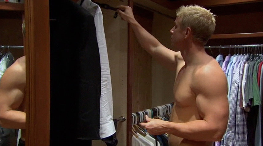 Sean's closet became a key player this season thanks to all the shirtless pre-rose ceremony segments.