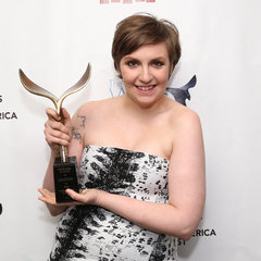 Funny Celebrity Tweets: Lena Dunham, Lara Bingle and More