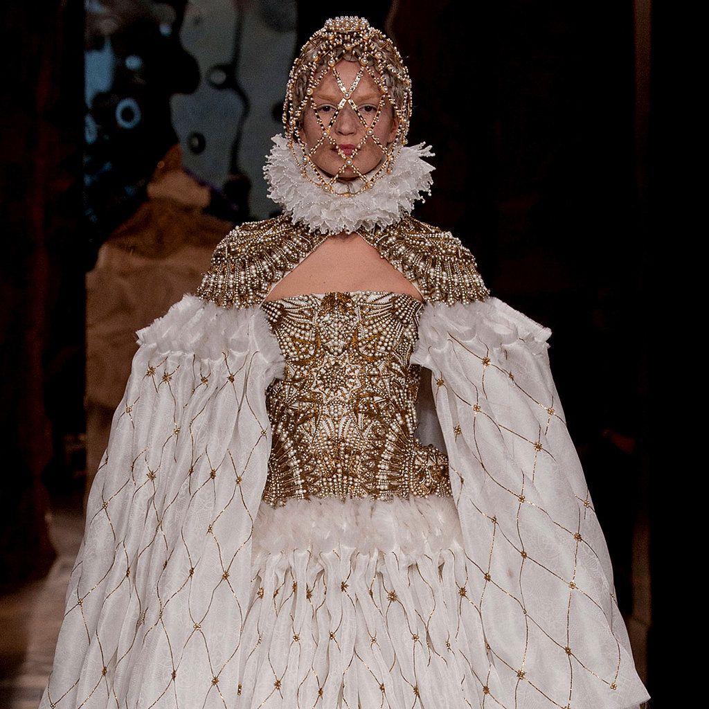 Alexander McQueen Runway Review | Fashion Week Fall 2013
