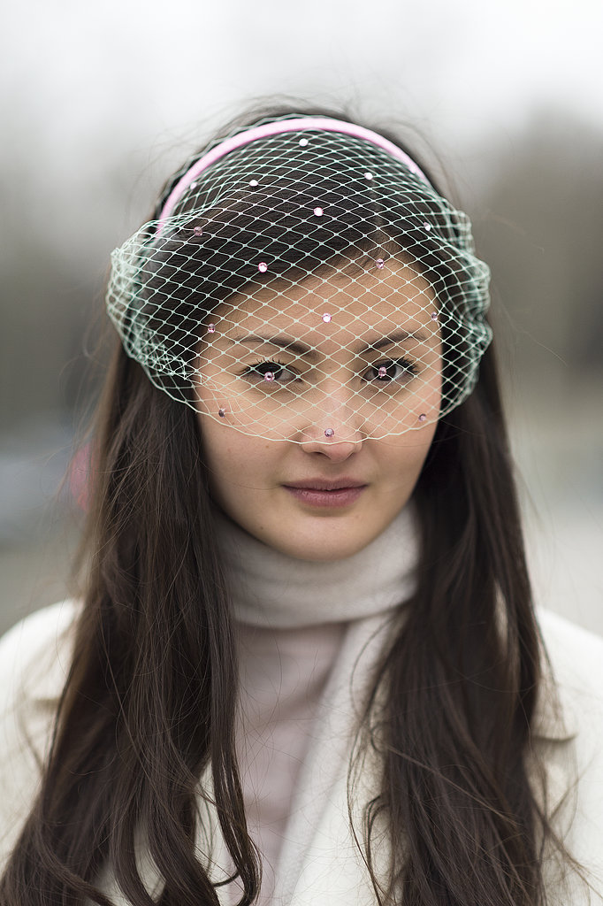 Peekaboo! Peony Lim's netted headband was an unexpectedly stylish sight to see. Source: Le 21ème | Adam Katz Sinding