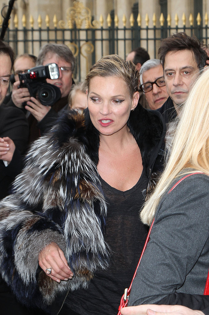 Stylish Stars Watch Kate Moss Return to the Runway at Louis Vuitton