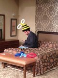 It was just another day on set for How I Met Your Mother's Josh Radnor, who rocked a bee-inspired balloon hat. Source: Twitter user JoshRadnor