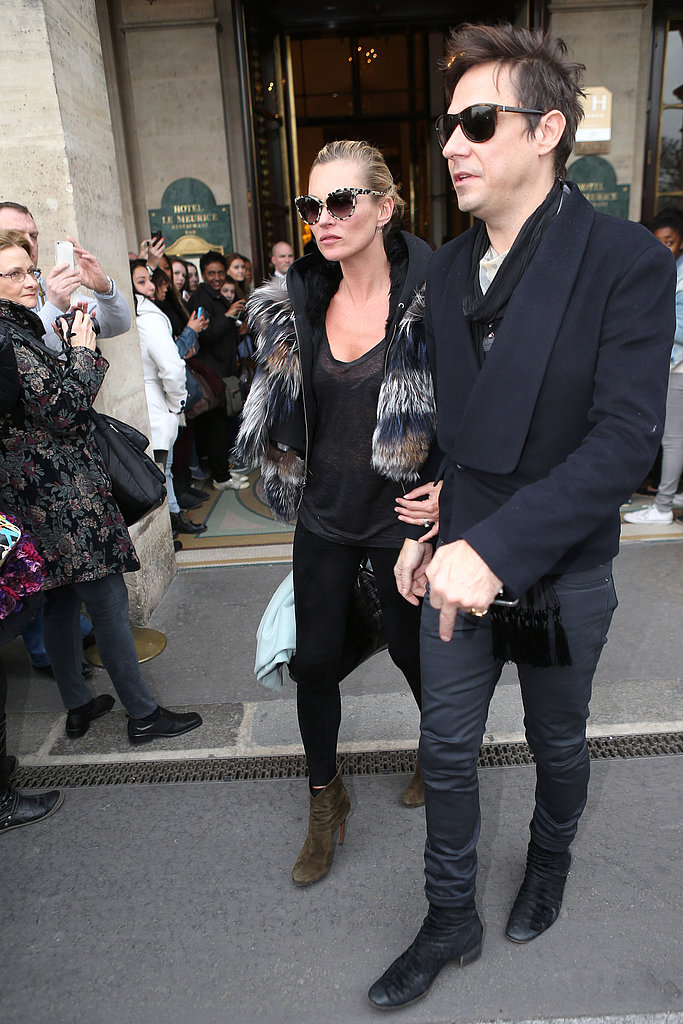 Jamie Hince and Kate Moss left their Paris hotel.