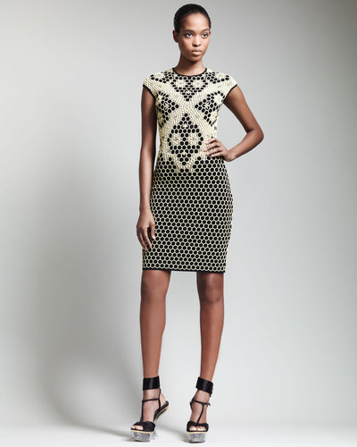 Alexander McQueen Short Honeycomb Cap-Sleeve Dress, Black/Yellow