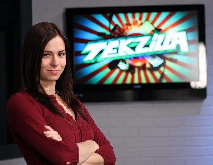 Tekzilla video host Veronica Belmont talked about her success and failures in January.  Question: Your background and success as a video host / blogger / journalist / spokesperson / entertainer / entrepreneur is really impressive. What have been some of your biggest hits and misses along the way? Do you think that there are some things that always work when taking a path like you blazed or is building a successful career like this more art than science? Who have been in your favorite interviews and discussions? What made it so? belbot: Thank you! Honestly, I'm most proud of the work Tom and I have done with S&L (The Sword and Laser), primarily because of the community that's developed around the shows. It's taken on a life of its own! It always works to have a genuine passion for what you're doing. Game On! is probably my biggest regret, because we worked really hard on the show, but it just didn't get the numbers we were hoping for. It was very over-the-top, and I recognize now that maybe we were a little too . . . overexcited? But I'm still proud of the work the team did on it. When we interviewed GRRM (George R. R. Martin), it was amazing. I was so nervous I almost puked on camera. But after a few wobbly moments, he really opened up and started talking. I think he figured out that we were just book geeks like him, and that he could relate to us on that level. Source: Facebook User Veronica Belmont