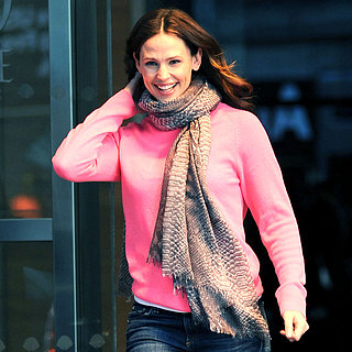 Jennifer Garner Leaving a Building in NYC | Pictures