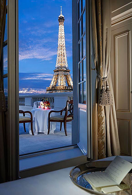 Paris, France: The Shangri-La Hotel