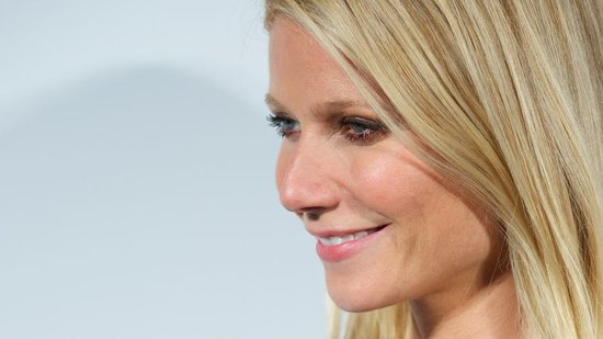 Video: Gwyneth Paltrow's Life-Threatening Miscarriage, Emma Watson Says No to Fifty Shades of Grey Movie, and More!