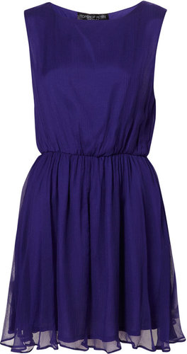What to wear with this purple dress: Look #1