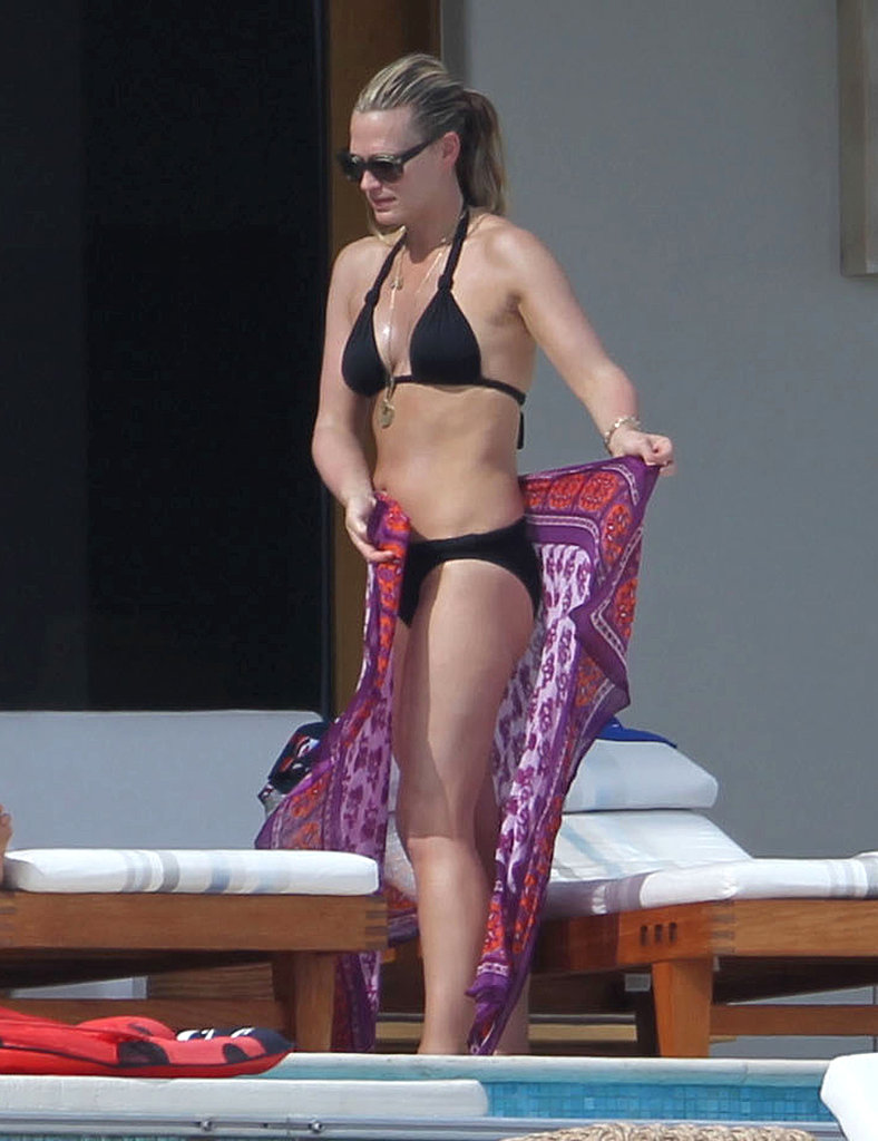 Molly Sims Soaks Up the Cabo Sun in a Bikini