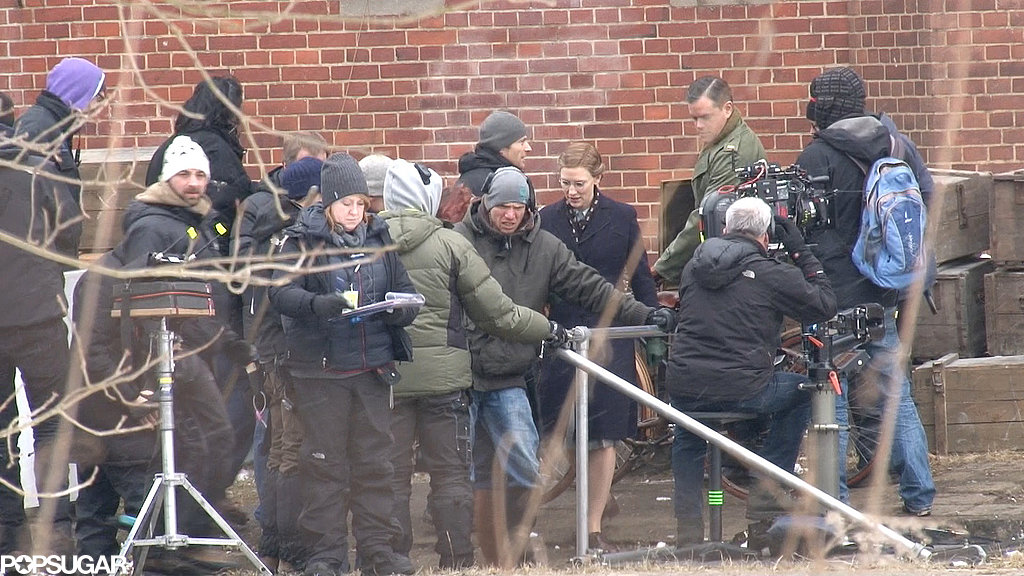 Matt Damon and Cate Blanchett mingled with the crew after filming a scene.