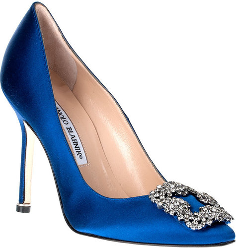 Manolo Blahnik Hangisi satin pump Something Blue CLASSIC