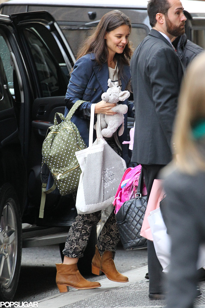 Suri Chops Off Her Bangs as She and Katie Get Back Into City Life
