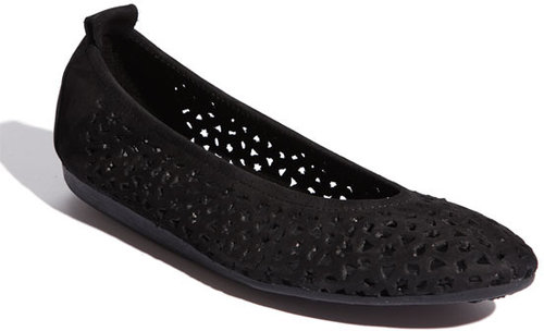 Arche 'Lilly' Flat