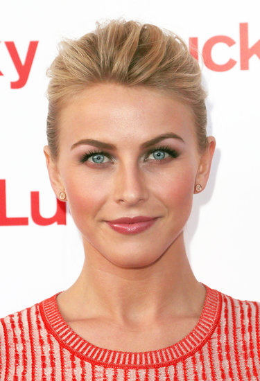 At the FABB West Opening Night Cocktail Party, Julianne Hough went for a monochromatic pink makeup palette.